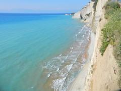 Corf (Grecia, Greece) (Daniel Vinuesa) Tags: grecia greece corfu hellas kerya cliff acantilado water sea wwwvinuesacom wwwviajesparatorpescom hdr danielvinuesa