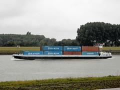 Containervessel Ferox Holland (capelleaandenijssel) Tags: hanjin boat ship mv container botlek netherlands