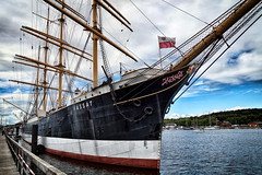 die Passat (Smo42) Tags: passat viermastbark segelschiff bug masten schiff travemnde sonya58 sal1650