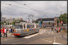 28-08-16 EMA ex-GVB 586, Amsterdam Centraal (Julian de Bondt) Tags: ema gvb museumtram amsterdam 586 bolkop centraal