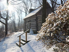 Lawrence Log Cabin, Havertown, Pennsylvania (bugeyed) Tags: winter snow architecture pennsylvania logcabin historichouse havertown lawrencecabin