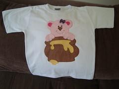 Camiseta - Urso (jo artmanha) Tags: camisetascustomizadas moldesdepatchwork camisetadepatchwork desenhodeurso