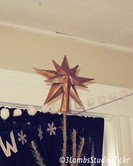 DIY Metal Barn Star Tree Topper (3LambsStudio) Tags: christmas winter photoshop star diy adobephotoshop christmastree made filter christmasdecor holidaydecor winterscenes cs3 photoshopaction diyprojects editedwithphotoshop photoshopedited christmastreetopper theholidays startreetopper madeusingphotoshop decemberscenes