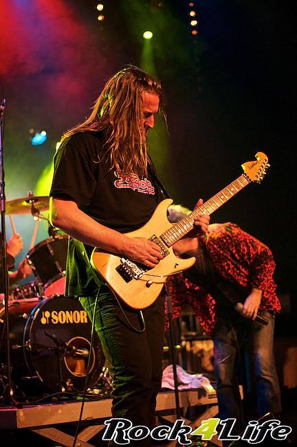 DEO  Rock4Life Tribute to Rock Classics (27)