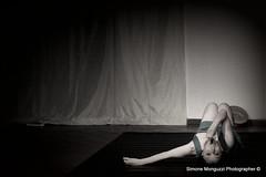 Bellate non Pagate (Simone.Monguzzi.P) Tags: teatro ballerina danza poesia alda poesie velate merini usmate