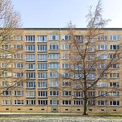 (~janne) Tags: winter building germany deutschland europa europe hamburg haus olympus architektur zuiko gebude hochhaus 1442mm e520