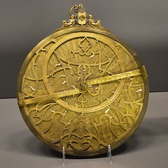 Paris - Muse des Arts et Mtiers - Astrolabe de Rennerus Arsenius, 1569 (eburriel) Tags: paris france photo image muse astrolabe tropicus rennerusarsenius me2youphotographylevel1