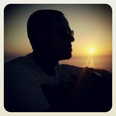 Como los días soleados que nos regalan #sunset la sonrisa inesperada nos alienta el corazón.