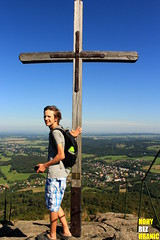 Oenk v Jizerskch horch (FeetNoBorders) Tags: oenk mountain mountains famous landmark portrait important monument paradise colorfull colourfull cross czech republic poland polish nature land summer warm