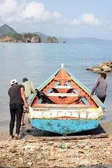 PEERO AL AGUA (Maciza Ccs) Tags: sanjuandelasgaldonas paria peninsuladeparia sucre mar marinero pescadores
