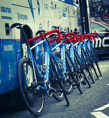 Lined up and ready to go! (Rob Clowes) Tags: bicycle cube racing red street bike team leaning wheels blue