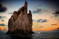 Sunset @ Stromboli (Marta Bandino) Tags: colors sunset sea rock sicily sicilia stromboli lipari eolie cloud
