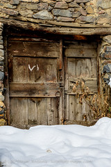 Andorra history: Old houses (lutzmeyer) Tags: pictures schnee winter snow history farmhouse rural photography europe photos pics centre nieve haus center images historic oldhouse fotos invierno february past febrero historia andorra antic bilder imagen pyrenees neu februar iberia verlassen historie pirineos middleage pirineus iberianpeninsula febrer geschichte pyrenen historique historisch 15thcentury abadoned imatges hivern scheune borda mittelalter bauernhaus alteshaus viertel engordany geschichtlich escaldesengordany aufgegeben ortsteil iberischehalbinsel stadtgebiet abadona avingudadelpessebre calribotbordapessebre parroquiaescaldesengordany andorracity lutzmeyer lutzlutzmeyercom xvsegle