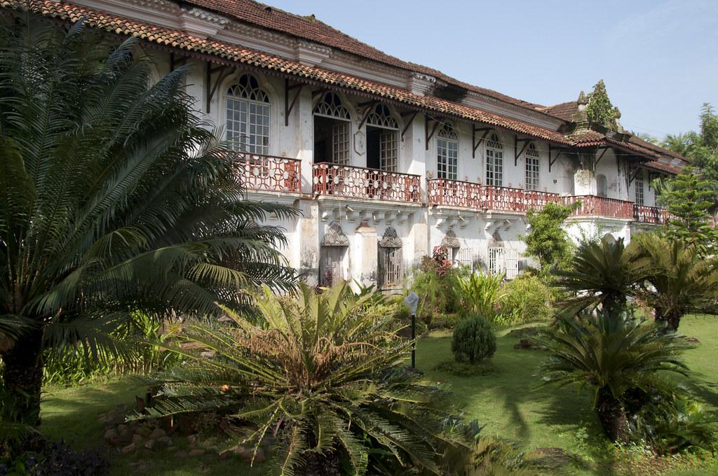 Maison Coloniale Portugaise Portuguese Colonial House Geolis06 Tags India Portugal Asia Goa