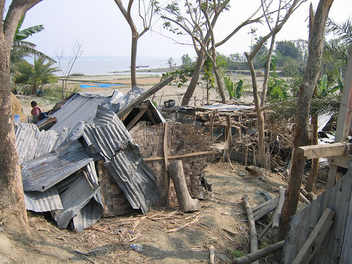 Pond dyke damaged by tidal surge in Bangladesh. Photo by WorldFish, 2008.