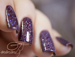 sweet grape & magnolia + purple storm (gimimimi) Tags: glitter purple magnolia hits nailpolish roxo esmalte panvel purplestorm sweetgrape bydanyvianna