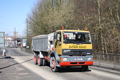 Tidy looking ERF (Moving Britain) Tags: bristol erf johnread w81sya