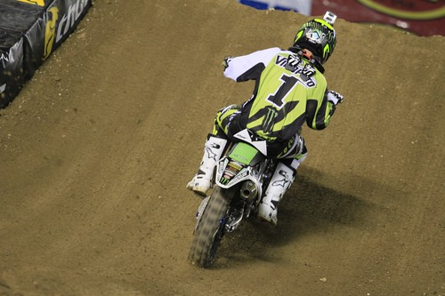 """San Diego SX Race • <a style=""""font-size:0.8em;"""" href=""""https://www.flickr.com/photos/89136799@N03/8568340463/"""" target=""""_blank"""">View on Flickr</a>"""
