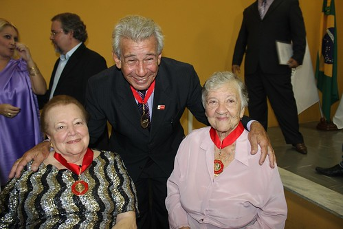Deputado Federal Antônio Roberto recebe Comenda Castro Silva em Santa Luzia