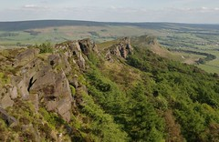 The Roaches (Tony Garofalo) Tags: england cliff rural walking landscape countryside nationalpark pentax hiking peakdistrict hill rustic scenic ridge climbing rockclimbing staffordshire peakdistrictnationalpark hillwalking roaches escarpment theroaches hencloud