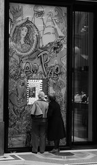 (Mario Oreste) Tags: street city people urban blackandwhite bw monochrome photography candid milano streetphotography bn biancoenero streephotography