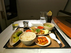 Singapore Airlines (LAXFlyer) Tags: food dinner lunch singapore main first class course meal airbus a380 airlines suites firstclass onboard 380 singaporeairlines airbus380 maincourse