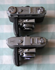 Kodak Retina IB and Ib - top comparison (Gareth Wonfor (TempusVolat)) Tags: kodak retina ib type 018 35mm film folding camera vintage old gareth mrmorodo tempus volat tempusvolat 1b chrome age 1950s mechanism mechanical canon eos 60d vintagecamera garethwonfor mr morodo wonfor