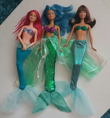 China Tails (Just a Nobody) Tags: mermaid doll barbie fashions ariel little disney china aliexpress ebay knock rip off copy