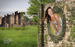 Atelier2 - Espelho mgico (Atelier 2) Tags: atelier2 espelho mgico mulher surreal verde castelo parede girl mirror castle smile beautiful