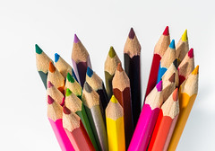 Pencil Colours (Ian Johnston LRPS) Tags: red colours pencils drawing art colouring sharpened points d800 2016 tabletop onwhite strobes 85mm