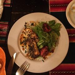 """Humahuaca: triangulitos de queso de cabra (petits traingles de fromage de chèvre). pas mauvais du tout ! <a style=""""margin-left:10px; font-size:0.8em;"""" href=""""http://www.flickr.com/photos/127723101@N04/28859198050/"""" target=""""_blank"""">@flickr</a>"""