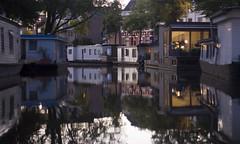 Wonen op het water (Arend Jan Wonink) Tags: groningen diepenring reitdiep schuitendiep woonschepen woonboten