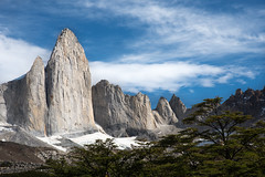 El Catedral (color) (courtney_meier) Tags: elcatedral elcerrocastillo vallefrancs torresdelpaine cordillerapaine nationalpark chile patagonianbeech nothofagus clouds peaks mountains andesmountains andes southernandes patagonia granite spires pinnacle morninglight trees miradorbritanico