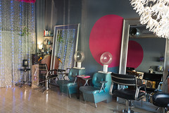 Salon K (Ben at St. Louis Energized) Tags: stl stlouis delmarloop universitycity salonk hairsalon hairdresser streetphotography city urban