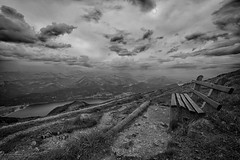 Schafbergspitze (Akita_Inu) Tags: austria sterreich salzburg salzburgerland alpen alps salzkammergut stwolfgang schafberg schafbergspitze himmelspforte wolfgangsee attersee mondsee see lake aussicht view mountainview mountain berge hiking gipfelkreuz clouds wolken nebel fog panorama