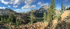 Ingalls Pass (cdx_cdx) Tags: mtstuart lakeingalls ingallspass panorama washingtonstate iphone6splus