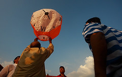 "The clock ""fanush"", Hot air balloon.. (Samir D) Tags: blue cloud india asia balloon hotairballoon kolkata 2012 fanush westbengal sigma1020 kalipuja northkolkata beadonstreet samird"