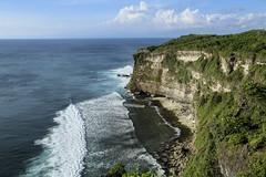 Uluwatu (Xingjian) Tags: sea bali cliff canon indonesia uluwatu ef24105mmf4lisusm canoneos5dmarkiii