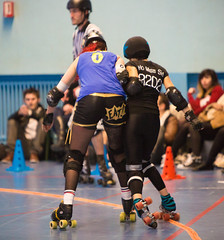 Roller Derby (Guillaume Chagnard Photographie) Tags: grenoble skulls marseille rollerderby roller bloody derby marmots cannibal the bloodyskulls thecannibalmarmots