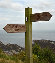 Robin Hoods Bay - Cleveland Way Signpost (sweetpeapolly2012) Tags: robin way bay yorkshire cleveland north signpost hoods
