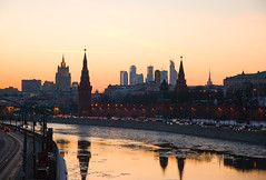 Spring sunset over the Moscow River (Osdu) Tags: sunset river spring view russia moscow kremlin moscou moskva moskwa moscú moscowriver maskva moszkva moskvo bestcapturesaoi mygearandme bestevercompetitiongroup
