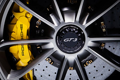Porsche GT3 Rim @ Geneva Motorshow (Michael Angst Photography) Tags: detail cars car closeup geneva voiture porsche rims carshow genf genevamotorshow detailaufnahme carmeeting genferautomobilsalon