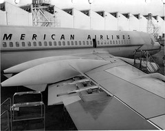 Convair 990, factory (San Diego Air & Space Museum Archives) Tags: factory convair990