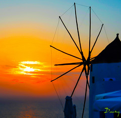 GRÈCE - SANTORINI - Avril 2010 (daumy) Tags: sunset sea mer moulin santorini greece santorin grèce oia egeo