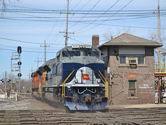 Wabash, BNSF and the J? (Robby Gragg) Tags: chicago west ns wabash 1070 sd70ace