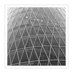 Frankfurt am Main / Westhafen VI (Splitti68) Tags: architecture germany deutschland frankfurt architektur raute gebude glas frankfurtammain fassade dreieck schwarzweis archtectur fassadengestaltung