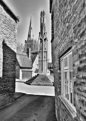 Elenor Cross - Geddington, Northamptonshire (King Grecko) Tags: street old england sky urban blackandwhite bw sculpture black detail building art history church statue architecture contrast canon eos village cross cathedral britain stones northamptonshire perspective medieval 5d thatch northants royalty atmospheric longshanks elenor thatchedcottage ipad plantagenet geddington flickraward ladyelenor edward1st 5dmarkiii snapseed eos5diii elenorofcastile
