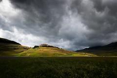 Castelluccio (P) Tags: castelluccio norcia landscape paesaggio nuvole umbria italia italy monti sibillini