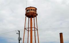 Warren Illinois old water tower. (Cragin Spring) Tags: watertower tower illinois il midwest smalltown unitedstates usa unitedstatesofamerica warren warrenil warrenillinois