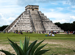 El Castillo (littlestschnauzer) Tags: mexico chichen itza chichenitza site ruins mayan maya city people tourist attraction 2016 visitor excursion holiday vacation el castillo piramide de kukulcan god pyramid buidling centrepiece summer poi wonder world wonders steps nikon d7200 july